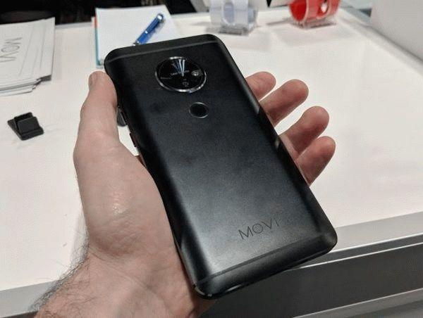 Moviphone — металлический смартфон со встроенным проектором